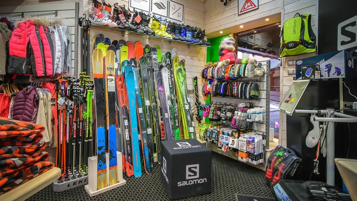 tienda-esquí-baqueira-tanau-calafateskicenter-3