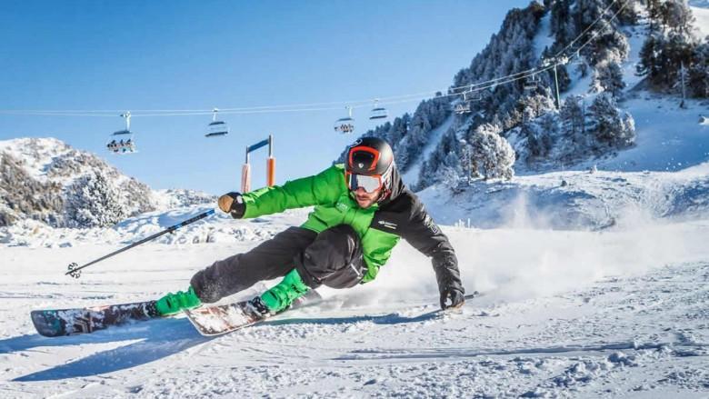 Escuela de esquí en baqueira beret, calafate ski center tanau