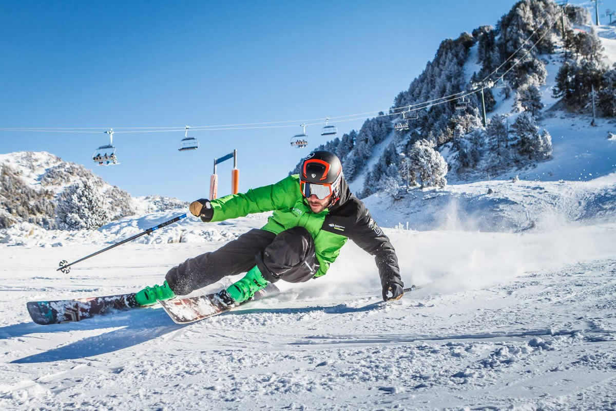 escuela-ski-baqueira-calafateskicenter-tanau